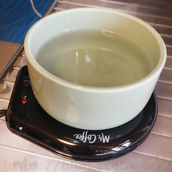 マグカップウォーマー「Mr.Coffee」にヘルスウォーターボウルをのせてみる